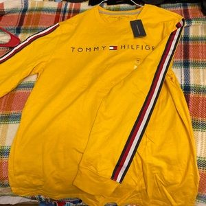 Tommy Hilfiger long sleeve